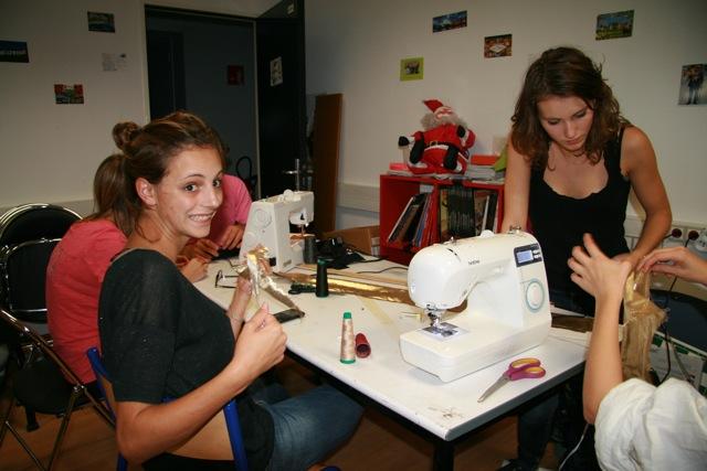 Club de couture de l'école des Mines avec l'aide de Coudreetbroder.com