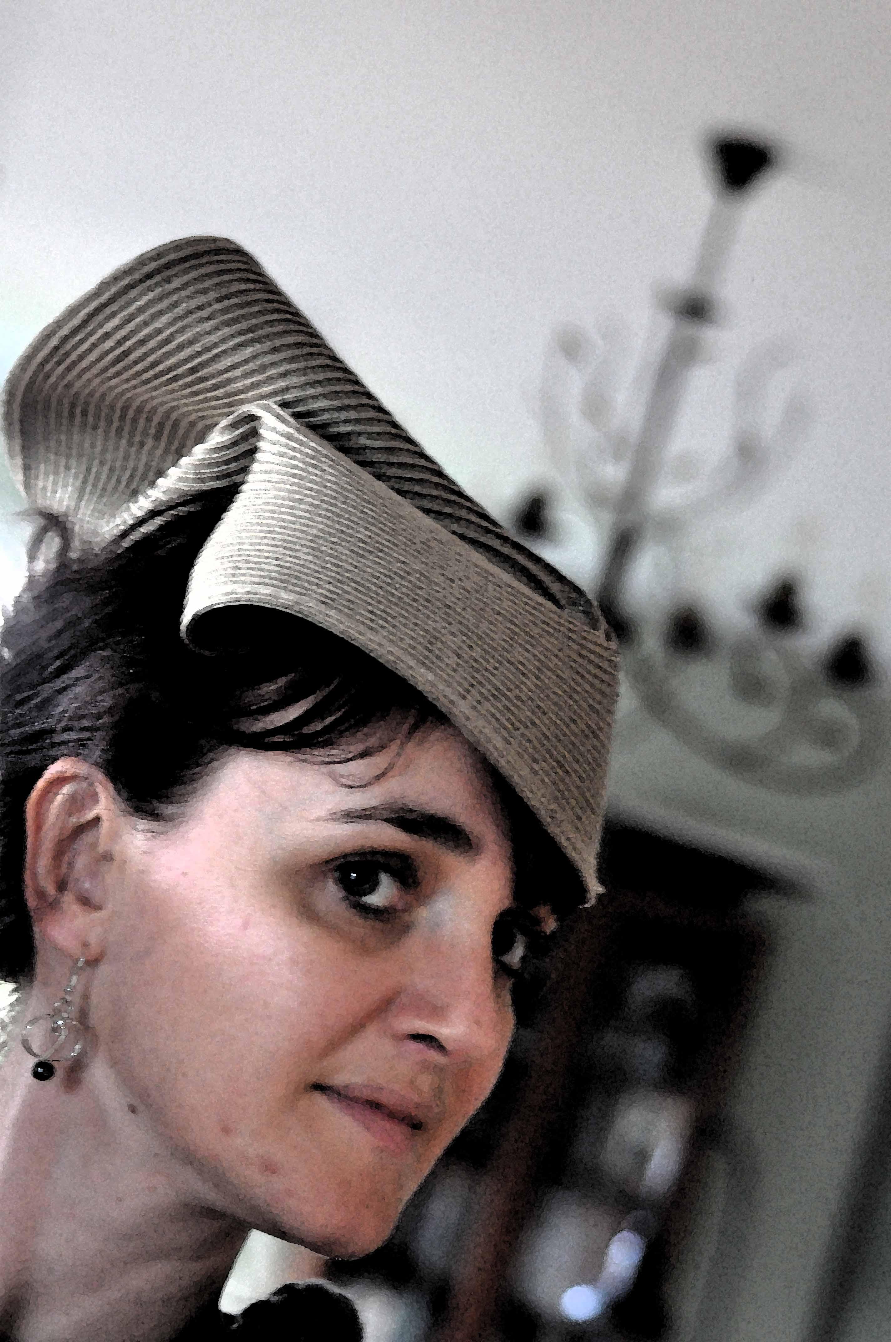 Chapeau de delphine pour CoudreetBroder.com