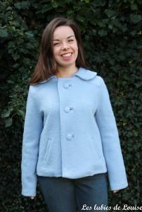 la veste bleu de Louise